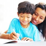 TIPS PARENTING : 5 Kiat Membangkitkan Rasa Percaya Diri Anak