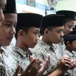 FOTO KABAR DUKA : Doa Kudus bagi K.H. Hasyim Muzadi
