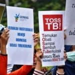 FOTO CAR FREE DAY SEMARANG : Mahasiswa Poltekkes Ingatkan Hari TB