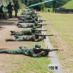 KODAM DIPONEGORO : Prajurit Pendam Latihan Menembak