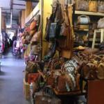 MUBENG BERINGHARJO : Berbelanja Kerajinan Alam di Lantai 3
