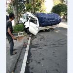 KECELAKAAN BOYOLALI :Ban Pecah, Pikap Oleng dan Tabrak Pohon di Jl. Pandanaran