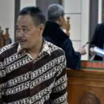 FOTO KORUPSI KLATEN : Penyuap Bupati Klaten Diadili di Semarang