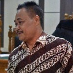 BUPATI KLATEN DITANGKAP KPK : Disdik Kirim Berkas Pemberhentian Suramlan ke Pemprov Jateng