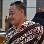 Kasi SMP Disdik Klaten, Suramlan, di Pengadilan Tipikor Semarang, Jateng, Rabu (29/3/2017). (JIBI/Solopos/Antara/R. Rekotomo)