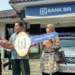 Penjual Nasgor Dapat Nissan Grand Livina dari BRI Sukoharjo