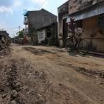 INFRASTRUKTUR SOLO : Rumah Rusak akibat Pengerukan Jalan, Warga Jagalan Tuntut Perbaikan