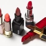 TIPS KECANTIKAN : Inilah Manfaat Menyimpan Kosmetik di Kulkas
