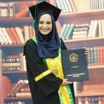 KABAR ARTIS : 6 Tahun Kuliah, Shireen Sungkar Akhirnya Jadi Sarjana