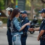 Waduh, Aksi Kendall Jenner di Iklan Terbaru Pepsi Tuai Kontroversi