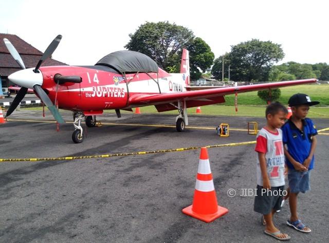 Minggu Hari Terakhir, Pameran Pesawat di Bandara Adi Soemarmo Solo Diserbu Warga
