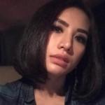 SENSASI ARTIS : Tak Lagi Berjilbab, Shinta Bachir Tampil Seksi Berbikini