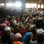 FOTO INFO BELANJA : Batik Kudusan Mulai Rp200.000/Potong