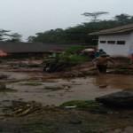 BENCANA JATENG :  Banjir Bandang Landa Desa di Magelang, Bidan Desa Jadi Korban
