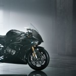 Stok Cuma 750 Unit, BMW HP4 Race Dibanderol Rp1,2 Miliar