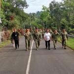 Keluarga Besar Kostrad Berziarah ke Makam Pak Harto di Giribangun