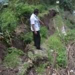 BENCANA SUKOHARJO : Talut Sungai Siluwur di Weru Ambrol, Ini Bahayanya