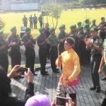 Tradisi Penyambutan Meriahkan Kedatangan Pangdam IV Diponegoro