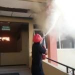 KEBAKARAN KEDIRI : Kebakaran di RS Bhayangkara Kediri, Pasien Dievakuasi ke Halaman dan Lorong