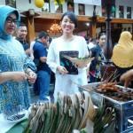 "Bupati Sragen Undang Via Valen, ""Parade Musik Sukowati Tak Abaikan Jalan Rusak"""