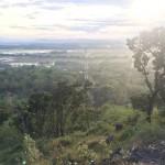 WISATA SOLORAYA : Batu Manten Gunung Taruwongso Sukoharjo Solusi Bagi Jomblo