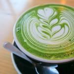 TIPS HIDUP SEHAT : Minum Teh Hijau Campur Susu, Baguskah?