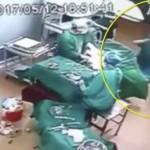 Perkelahian terjadi di ruang operasi (Shanghaiist)