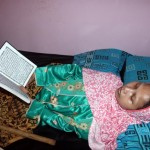 PENYAKIT LANGKA : Isi Ramadan, Manusia Kayu Asal Sragen Sulami Baca 1 Juz Alquran/Hari