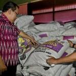 FOTO PENIMBUNAN GULA : Gula Gendhis Kata Polisi Ditimbun…