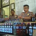 RAZIA SEMARANG : Polisi Sita Ratusan Botol Congyang