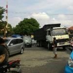 KECELAKAAN SOLO : Truk Mogok di Palang Joglo Bikin Macet, Awas Hati-Hati!