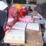 RAMADAN 2017 : Asyiknya Mengaji Bareng Polwan Karanganyar