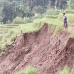 LONGSOR PONOROGO : Awas! Desa Talun Ngebel Waspada Longsor