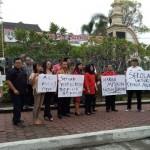 PENDIDIKAN SOLO : Protes PPDB Online dan Tolak 5 Hari Sekolah, Anggota FPDIP DPRD Berdemo