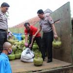 Dua Pekan Beroperasi, Pengoplos Elpiji di Karanganyar Ditangkap Polisi