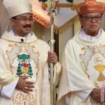 LEBARAN 2017 : Uskup Agung Semarang Silaturahmi dengan Umat Islam Seusai Salat Id
