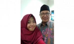 Afi bersama Menteri Agama RI, Lukman Hakim Saifuddin (Facebook Afi Nihaya Faradisa)
