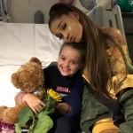 Kejutan! Gadis Korban Bom Manchester Dijenguk Ariana Grande