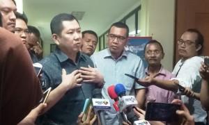 Hary Tanoesoedibjo di Kantor Sementara Direktorat Tindak Pidana Siber Bareskrim Polri, Tanah Abang, Jakarta, Senin (12/6/2017), seusai menjalani pemeriksaan. (Juli ER Manalu/JIBI/Bisnis)