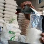 HARGA KEBUTUHAN POKOK : Disperindag Sangkal Ada Gula Lebihi HET