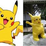 Pikachu versi asli (kiri) dan patung Pikachu yang sedang viral di kalangan netizen Indonesia. (Istimewa)
