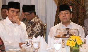Presiden Joko Widodo (Jokowi dan Ketua DPR Setya Novanto berbuka puasa bersama di rumdin Ketua DPR, kompleks Widya Chandra, Jakarta, Senin (5/6/2017). (JIBI/Solopos/Antara/Rosa Panggabean)