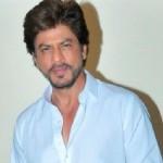 Shah Rukh Khan Ungkap Nomor Ponsel ke Fans
