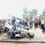 PT KAI Minta Pertanggungjawaban Pemilik Truk yang Tabrak Prameks
