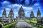 Candi Prambanan, Jogja (sumber : Eksotisjogja.com)