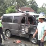 KECELAKAAN BOYOLALI : Tabrakan, Mobil dan Motor Terbakar di Pertigaan Tompak Ampel