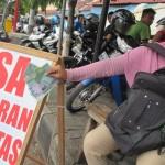 LEBARAN 2017 : Upah Jasa Rp10.000, Penukaran Uang Baru Tetap Laris