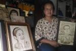 EKONOMI KREATIF : Seni Lukis Gosongkan Lapisan Kayu Bisa jadi Media Penyembuhan Penyakit Stroke