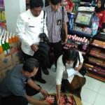 Sidak, Tim Pemkot Solo Tak Temukan Mi Instan Mengandung Babi