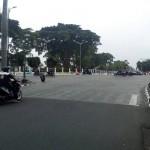 Perhatian, Mobil Dilarang Parkir di Titik Nol Kilometer